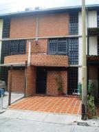 Townhouse En Venta En Guarenas, Nueva Casarapa, Venezuela, VE RAH: 15-8136