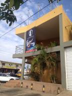Edificio En Venta En Municipio San Francisco, Sierra Maestra, Venezuela, VE RAH: 15-8175