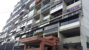Apartamento En Venta En San Antonio De Los Altos, Los Salias, Venezuela, VE RAH: 15-8200
