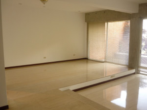 Apartamento En Venta En Caracas, San Roman, Venezuela, VE RAH: 15-8233