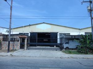 Galpon - Deposito En Venta En Valencia, La Quizanda, Venezuela, VE RAH: 15-8292