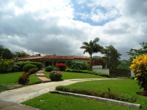 Casa En Venta En Valencia, Hato Royal, Venezuela, VE RAH: 15-8327