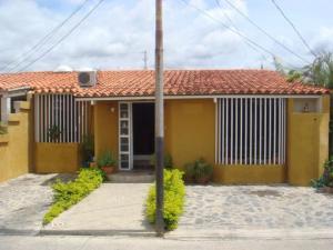 Casa En Venta En Barquisimeto, Zona Este, Venezuela, VE RAH: 15-7830
