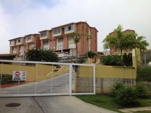 Townhouse En Venta En Caracas, Loma Linda, Venezuela, VE RAH: 15-8571