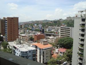 En Venta En Caracas - Bello Monte Código FLEX: 15-8576 No.16