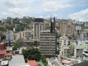 En Venta En Caracas - Bello Monte Código FLEX: 15-8576 No.17