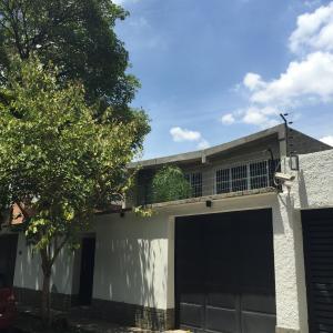 Casa En Venta En Caracas, La Floresta, Venezuela, VE RAH: 15-8765