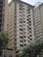 Oficina En Venta En Caracas, Los Cortijos De Lourdes, Venezuela, VE RAH: 15-8619