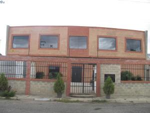 Galpon - Deposito En Venta En Valencia, Zona Industrial, Venezuela, VE RAH: 15-9307
