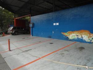 Galpon - Deposito En Venta En Caracas, La Urbina, Venezuela, VE RAH: 15-8623