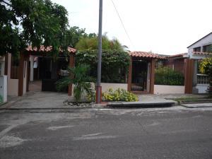 Casa En Venta En Puerto Ordaz, Villa Africana, Venezuela, VE RAH: 15-8667