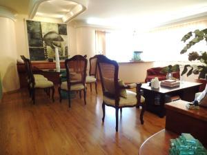 Apartamento En Venta En Caracas - Los Naranjos del Cafetal Código FLEX: 15-8868 No.12