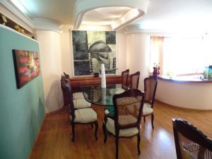 Apartamento En Venta En Caracas - Los Naranjos del Cafetal Código FLEX: 15-8868 No.9
