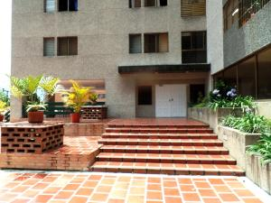 Apartamento En Venta En Caracas - Los Naranjos del Cafetal Código FLEX: 15-8868 No.4