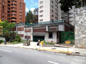 Apartamento En Venta En Caracas - Los Naranjos del Cafetal Código FLEX: 15-8868 No.2