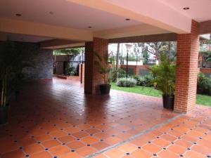 Apartamento En Venta En Caracas - Campo Alegre Código FLEX: 15-8800 No.9