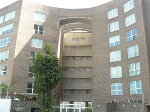 Apartamento En Venta En Caracas, Lomas De Las Mercedes, Venezuela, VE RAH: 15-8802
