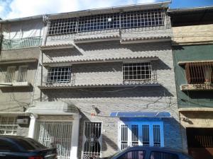 Local Comercial En Venta En Caracas, La Florida, Venezuela, VE RAH: 15-8820
