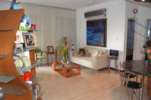 Apartamento En Venta En Caracas - Campo Alegre Código FLEX: 15-8800 No.2