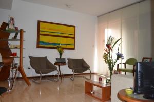 Apartamento En Venta En Caracas - Campo Alegre Código FLEX: 15-8800 No.3