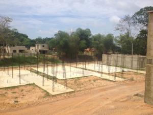Terreno En Venta En Tacarigua, Tacarigua, Venezuela, VE RAH: 15-8875