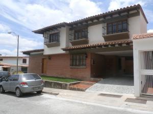 Casa En Venta En Caracas, Santa Paula, Venezuela, VE RAH: 15-10615