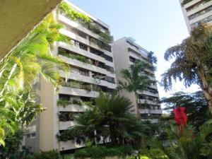 Apartamento En Venta En Caracas, Santa Eduvigis, Venezuela, VE RAH: 15-8977