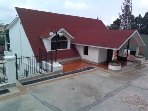 Casa En Venta En Carrizal, Colinas De Carrizal, Venezuela, VE RAH: 15-9057