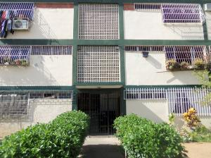 Apartamento En Venta En Valencia, San Blas, Venezuela, VE RAH: 15-9182