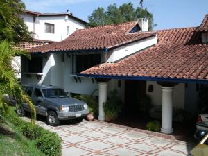 Casa En Venta En Caracas, Alto Hatillo, Venezuela, VE RAH: 15-9398
