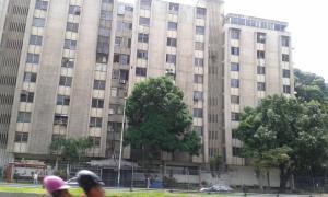 Oficina En Venta En Caracas, El Recreo, Venezuela, VE RAH: 15-9085