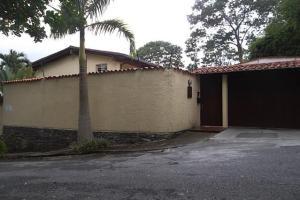 Casa En Venta En Caracas, La Boyera, Venezuela, VE RAH: 15-9289