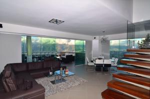 Apartamento En Venta En Caracas - Alto Hatillo Código FLEX: 15-9339 No.1