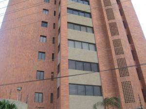 Apartamento En Venta En Maracaibo, Banco Mara, Venezuela, VE RAH: 15-9400