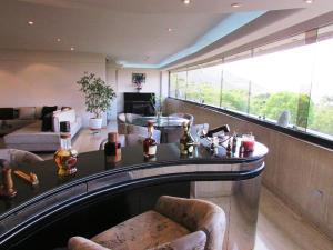 Apartamento En Venta En Caracas - Los Chorros Código FLEX: 15-9492 No.5