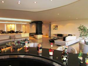 Apartamento En Venta En Caracas - Los Chorros Código FLEX: 15-9492 No.8