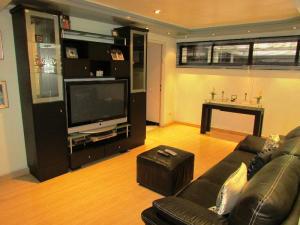 Apartamento En Venta En Caracas - Los Chorros Código FLEX: 15-9492 No.17