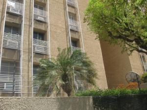 Apartamento En Venta En Maracaibo, La Lago, Venezuela, VE RAH: 15-9548
