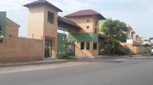 Townhouse En Venta En Municipio San Diego, El Remanso, Venezuela, VE RAH: 15-9630