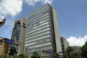 Oficina En Venta En Caracas, El Rosal, Venezuela, VE RAH: 15-9855