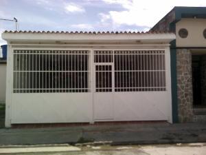 Casa En Venta En Palo Negro, San Antonio, Venezuela, VE RAH: 15-9695