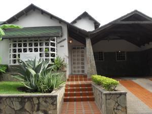 Casa En Venta En Valencia, Altos De Guataparo, Venezuela, VE RAH: 15-9723