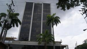 Oficina En Venta En Valencia, Carabobo, Venezuela, VE RAH: 15-9729