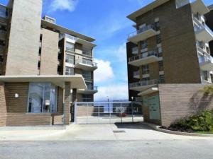 Apartamento En Venta En Caracas, Alto Hatillo, Venezuela, VE RAH: 15-9827