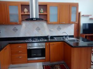 Apartamento En Venta En Ciudad Ojeda, Avenida Bolivar, Venezuela, VE RAH: 15-9893