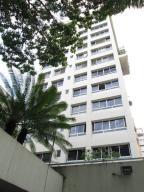 Apartamento En Venta En Caracas, La Campiña, Venezuela, VE RAH: 15-9571
