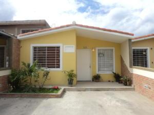 Casa En Venta En Guatire, Villa Heroica, Venezuela, VE RAH: 15-9977