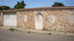 Casa En Venta En Intercomunal Maracay-Turmero, Intercomunal Turmero Maracay, Venezuela, VE RAH: 15-9992