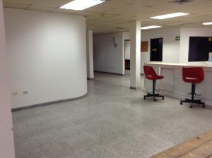 Galpon - Deposito En Alquiler En Ciudad Ojeda, Cristobal Colon, Venezuela, VE RAH: 15-10100