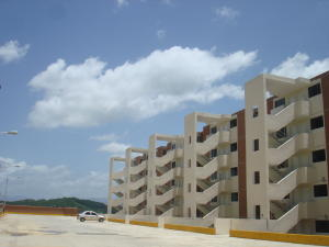 Apartamento En Ventaen Ocumare Del Tuy, Ocumare, Venezuela, VE RAH: 15-10134